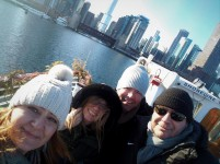 4 selfie skyline